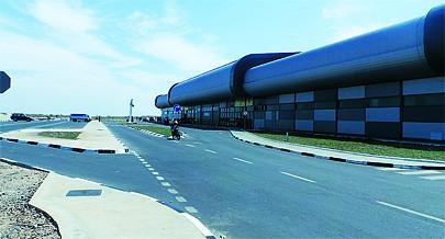 Entre os muitos progressos que a antiga cidade Henrique de Carvalho hoje Saurimo regista encontra-se a construção e modernização do seu novo aeroporto dando uma nova imagem à capital