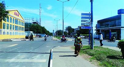 Com a expansão e o crescimento demográfico aumentou a necessidade de meios de transporte a construção e reabilitação de estradas