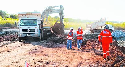 As obras de reabilitação de vias secundárias e terciárias de Cacongo são concluídas antes do início da época chuvosa