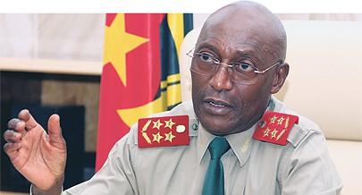 General de Exército Sachipengo Nunda aponta os caminhos da reedificação das FAA
