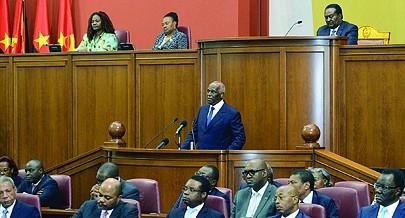 Na mensagem sobre o estado da Nação o Presidente da República elogiou os deputados pela quantidade e qualidade do debate político