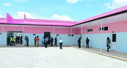 Escola do Ensino Geral aberta no Luena