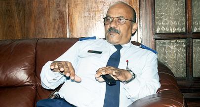 Comandante da Força Aérea Nacional fala de academia do apetrechamento do ramo com novos radares e equipamentos de defesa anti-aérea