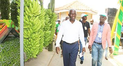 Ministro fez a abertura da Feira da Banana