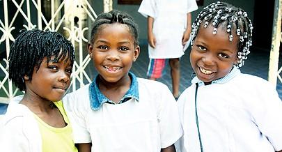 Pais e encarregados de educação são chamados a prestar uma maior atenção à criança para garantir um futuro cada vez mais risonho