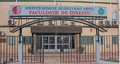 Docentes que leccionam nas universidades do país são funcionários de outras instituições públicas