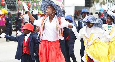 Cassules do 54 fizeram um bonito desfile infantil