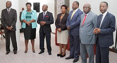 Cerimónia de outorga de diplomas juntou várias figuras públicas de todas as províncias do país