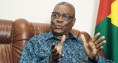 Evaristo Carvalho é o novo Presidente de São Tomé e Príncipe