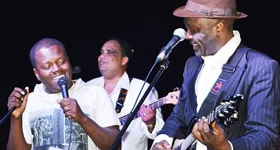 Músico gospel angolano Dodó Miranda e o artista moçambicano de Jazz e Soul music Alexandre Mazuze