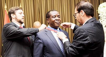 Francisco Simão Júnior empresário e cônsul honorário do Chile em Angola