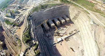 Apresentados no Huambo dois projectos do sector eléctrico a construção da linha de transporte de energia entre Laúca e o Huambo e a extensão da rede de distribuição eléctrica à região
