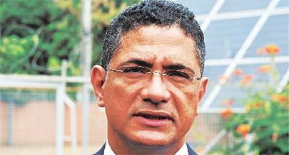 Ministro da Energia e Águas  João Baptista Borges