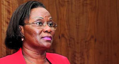 Ministra do Urbanismo e Habitação defende políticas de fomento de cooperativas e o envolvimento da banca no imobiliário