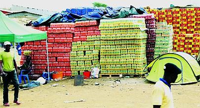 A exportação para a RDC e outros países de produtos de origem angolana como as bebidas alcoólicas é uma fonte de rendimentos para o Estado e para os comerciantes