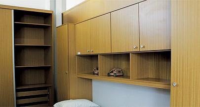 Milhares de visitantes do salão de exposições da Inducarpin aprovam a qualidade do mobiliário feito em Angola