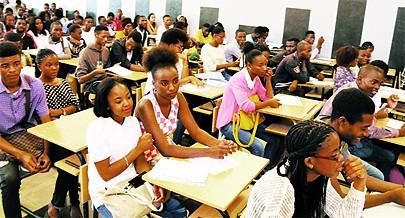 A província da Huíla tem um elevado número de instituições de ensino superior públicas e privadas e tem sido o destino de muitos estudantes vindos de outras localidades