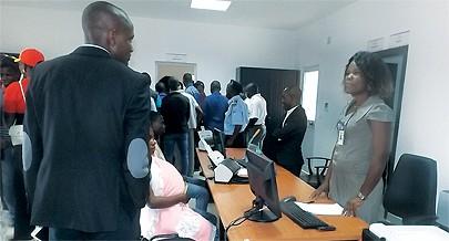 A Loja de Registos da Damba facilita o acesso à Justiça através da prestação de serviços integrados permitindo assim aos cidadãos tratarem de vários documentos no mesmo local