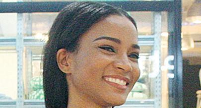 Miss Universo dá a cara às lojas da Zahara
