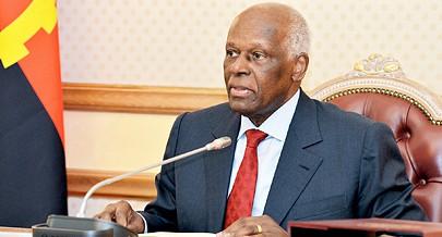 Presidente da República José Eduardo dos Santos orientou ontem a quarta reunião extraordinária do Conselho de Ministros