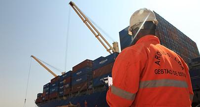Importação de produtos da cesta básica permitiu reforçar reservas do país que prossegue com investimentos em projectos empresariais para aumentar a produção