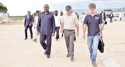 Ministro dos Transportes Augusto Tomás visitou o município e avaliou o andamento das obras