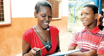 A encarregada de educação Madalena José confirmou que no acto da matrícula foi exigido pela escola o pagamento de dois mil kwanzas