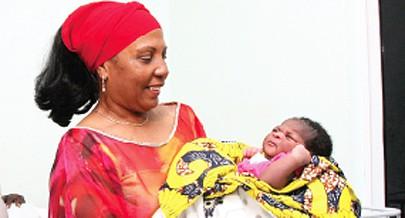 Esposa do Governador de Luanda, Maria Carneiro