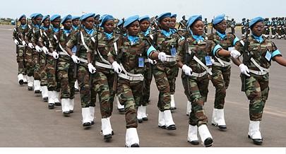 """General """"Hanga"""" assegura que este ramo das Forças Armadas Angolanas continua a crescer e a cumprir  a tarefa primordial de defesa do espaço aéreo nacional"""