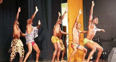 Candidatos ao título de Mister Angola exibiram algumas das suas qualidades