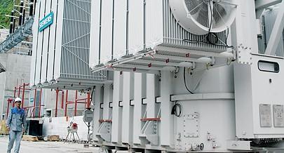 Estão a ser efectuados ensaios às máquinas instaladas na Central Hidroeléctrica de Laúca até ao arranque em Julho