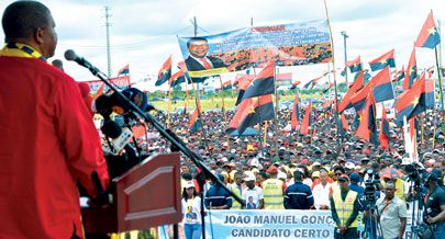 Candidato do MPLA a Presidente da República durante o acto de massas realizado ontem na cidade mártir do Cuito voltou a pedir o voto de confiança dos angolanos