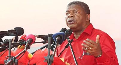 Candidato do MPLA a Presidente da República João Lourenço fez nova apresentação num acto de massas muito concorrido no campo Mabor-Malha do Cazenga