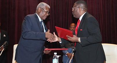 Ministro da Hotelaria e Turismo assinou acordo com a Associação de Hotéis e Resorts