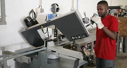 Os trabalhadores da Ramos Ferreira Angola beneficiam de cursos de superação e especialização no país e no estrangeiro
