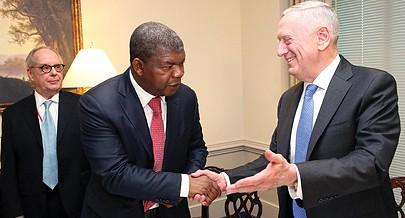 Ministro da Defesa Nacional João Lourenço teve ontem um encontro de trabalho na sede do Pentágono em Washington com o seu homólogo norte-americano James Mattis
