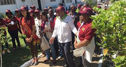 Lauriela Martins visitou vários empreendimentos sociais e económicos na cidade