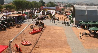 A  primeira edição da Feira Internacional do Cuanza Norte abriu ontem as portas ao público com uma componente multissectorial no quadro dos 61 anos da cidade de Ndalatando