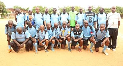 Figuras antigas ligadas ao futebol nacional participaram do torneio no Luanda Sul