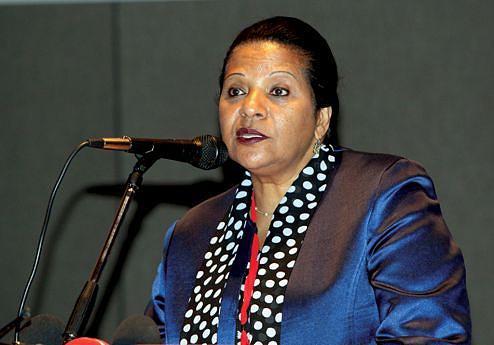 Ministra do Ambiente Fátima Jardim falou dos efeitos da seca e dos projectos em curso para minimizar os efeitos