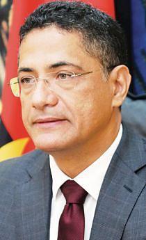 Ministro da Energia e Águas João  Borges