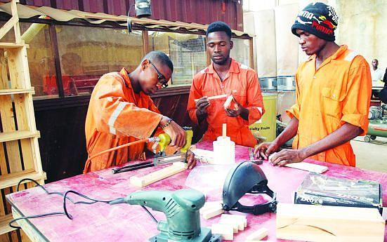 O mercado de trabalho é uma das metas a atingir pela juventude angolana