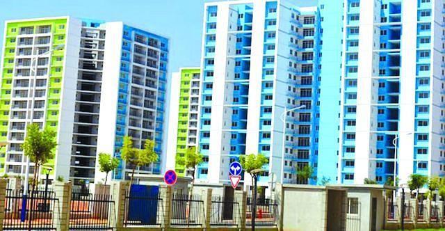 A nova centralidade do Zango está já executada a 75 por cento e edificada numa área de 416 hectares. A mesma contempla oito mil habitações económicas de modelos combinados, das quais duas mil 780 moradias térreas