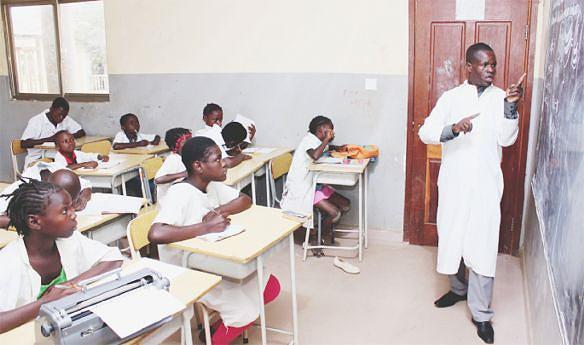 Aberta na província 18 escolas do II ciclo de ensino secundário, com destaque para algumas na comunas