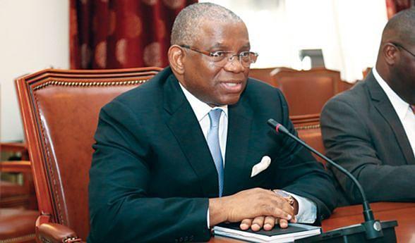 Ministro das Relações Exteriores George Chikoti afirmou que Governo não aceita imposições