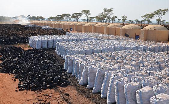 A quantidade do carvão armazenado é suficiente para o arranque da fábrica sem sobressaltos
