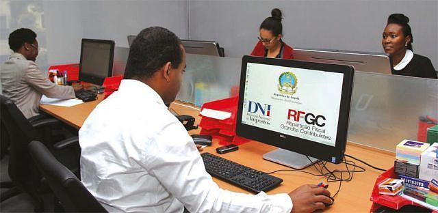 Prestação de serviços  públicos com eficácia  e eficiência é fundamental para o desenvolvimento  de Angola