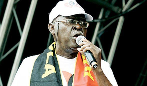 III Trienal de Luanda prestou tributo ao cantor e compositor Elias diá Kimuezu