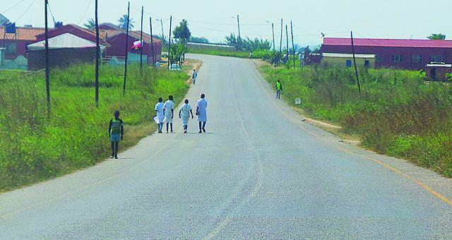 A rede viária que liga a sede ao município de Mucaba foi reabilitada