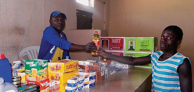 Lojas e armazéns do Cuangar têm tido maior fluxo de clientes